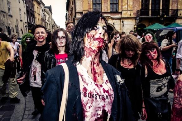 41364984087_zombiewalk2013